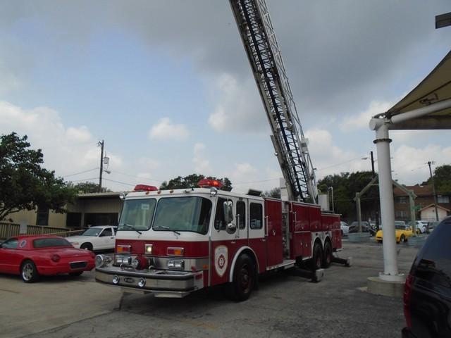 1992 E-One /Hush Qunit 110FT LADDER /PUMPER 4DR HURRICANE San Antonio, Texas 62