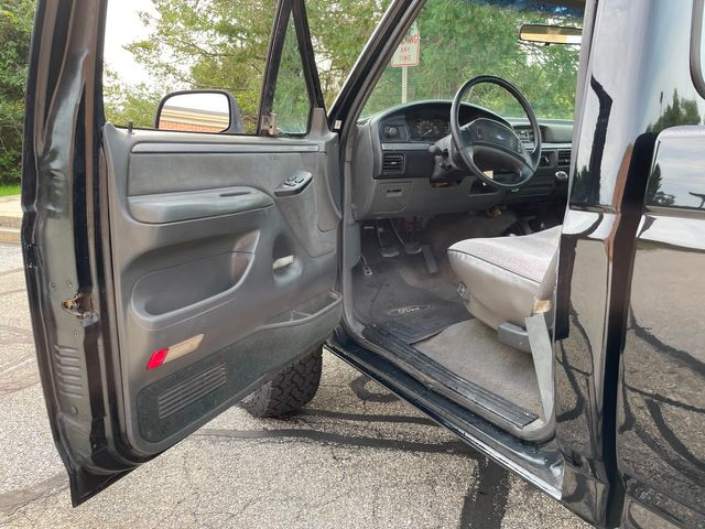 1992 Ford F-150 XLT 4WD Short Bed in West Chester, PA 19382