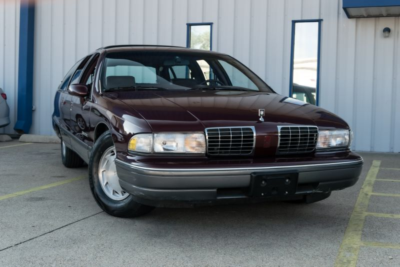 1992 Oldsmobile Custom Cruiser Base in Rowlett, Texas