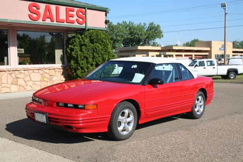 1992 Oldsmobile Cutlass Supreme  in Glendive, MT