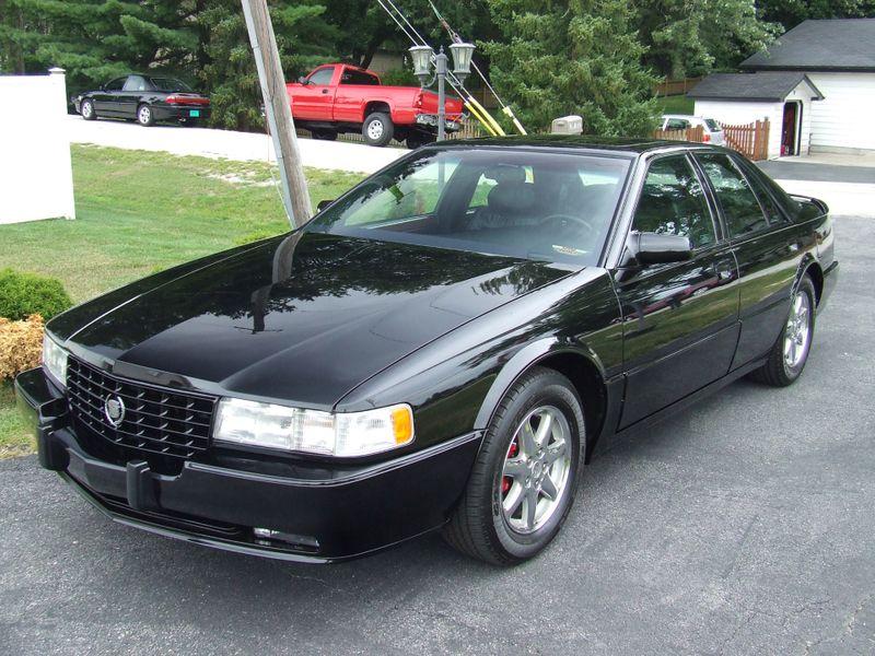 1993 Cadillac Seville Touring STS | Mokena, Illinois | Classic Cars America LLC in Mokena Illinois