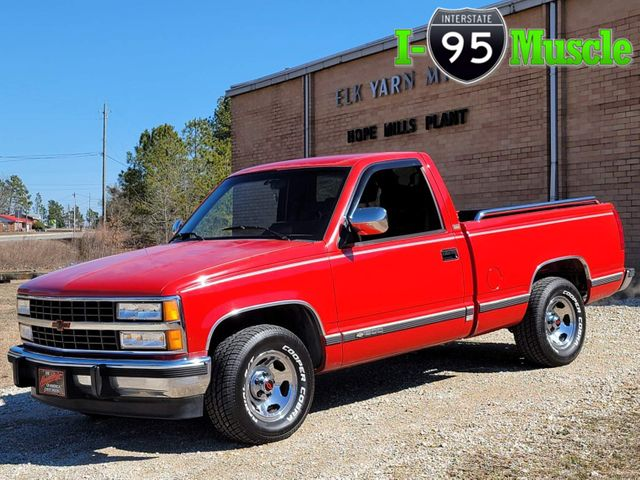 1993 Chevrolet C1500 Silverado in Hope Mills, NC 28348