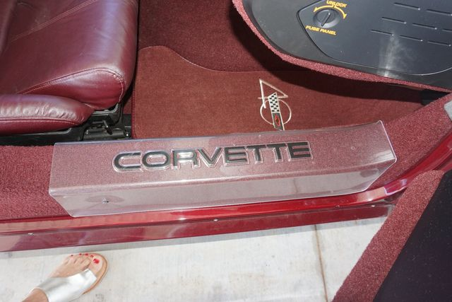 1993 Chevrolet Corvette 40th Anniversary Blanchard, Oklahoma 36