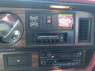 1993 Dodge D150 & W150 POWER WAGON Nephi, Utah 9