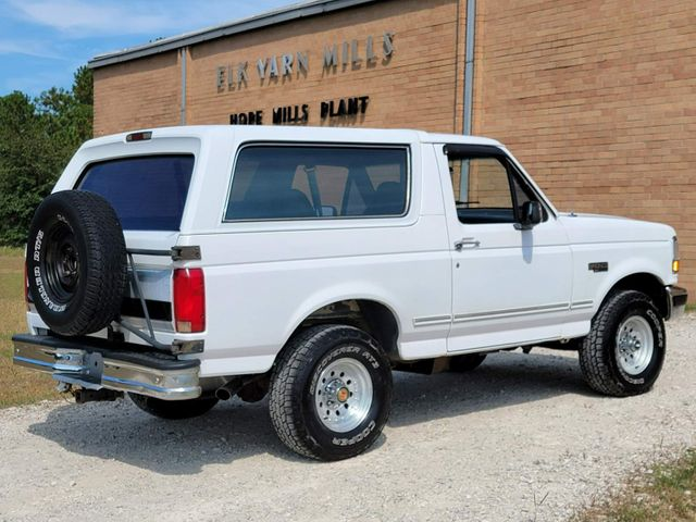 1993 Ford Bronco XLT in Hope Mills, NC 28348