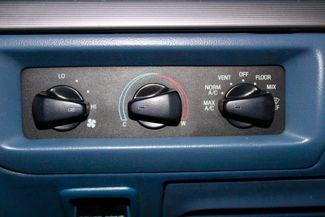 1993 Ford F-250 XLT Supercab 4x4 7.3l Powerstroke Diesel 5 Spd Manual Sealy, Texas 49