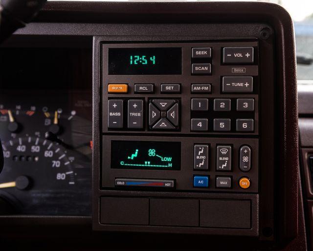 1993 GMC Sierra 3500 Crew Cab Burbank, CA 16