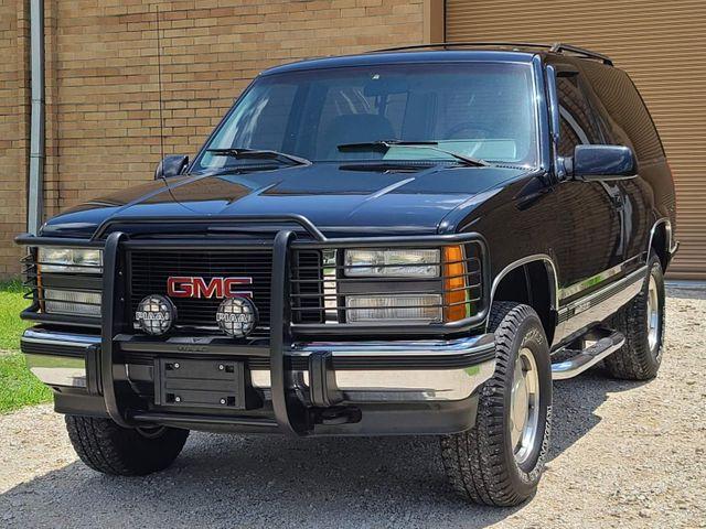 1993 GMC Yukon SLE in Hope Mills, NC 28348