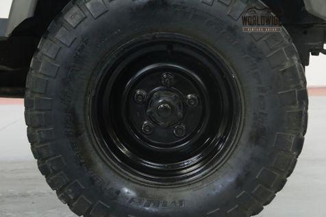 1993 Land Rover DEFENDER 110 RARE! NAS 110! LOW MILES! HIGHLY OPTIONED.  | Denver, CO | Worldwide Vintage Autos in Denver, CO