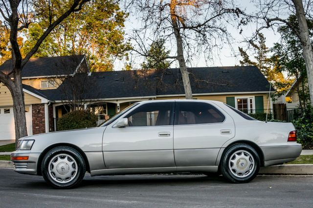 1993 Lexus LS 400 Reseda, CA 11
