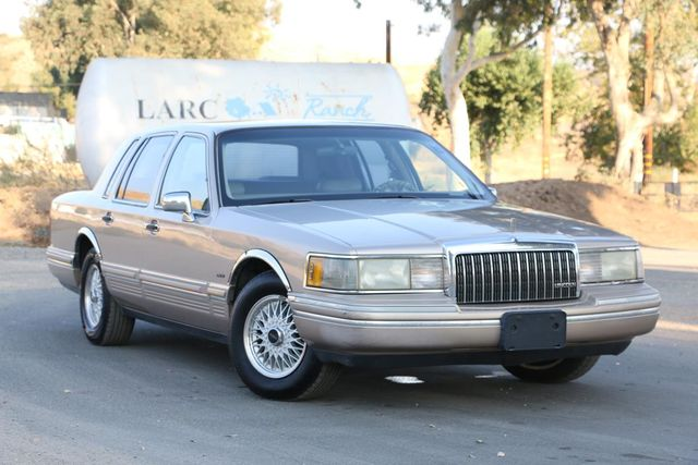 1993 Lincoln Town Car Executive Santa Clarita, CA 3