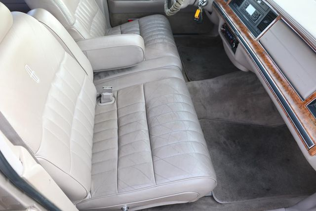 1993 Lincoln Town Car Executive Santa Clarita, CA 14