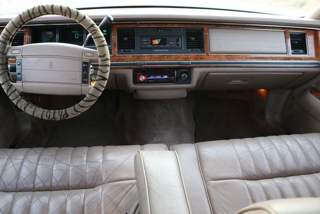 1993 Lincoln Town Car Executive Santa Clarita, CA 7