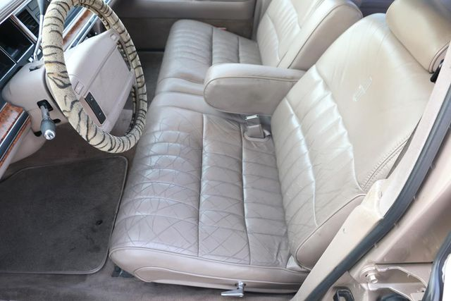 1993 Lincoln Town Car Executive Santa Clarita, CA 13