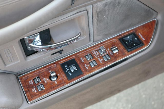 1993 Lincoln Town Car Executive Santa Clarita, CA 28