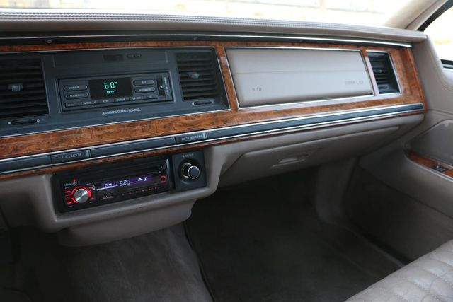 1993 Lincoln Town Car Executive Santa Clarita, CA 20
