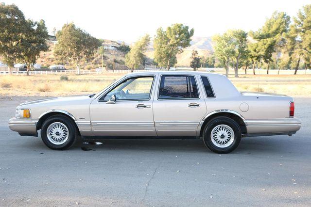 1993 Lincoln Town Car Executive Santa Clarita, CA 11