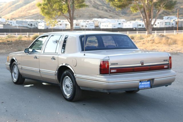 1993 Lincoln Town Car Executive Santa Clarita, CA 5