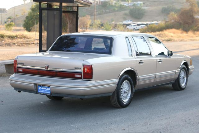 1993 Lincoln Town Car Executive Santa Clarita, CA 6