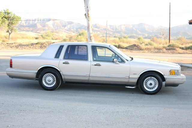 1993 Lincoln Town Car Executive Santa Clarita, CA 12