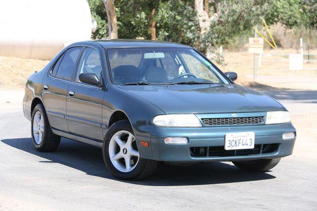1993 Nissan Altima GXE Santa Clarita, CA 3