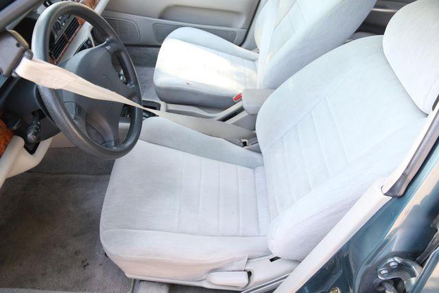 1993 Nissan Altima GXE Santa Clarita, CA 13