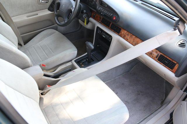 1993 Nissan Altima GXE Santa Clarita, CA 9