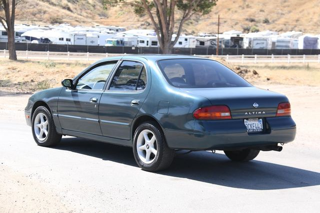 1993 Nissan Altima GXE Santa Clarita, CA 5