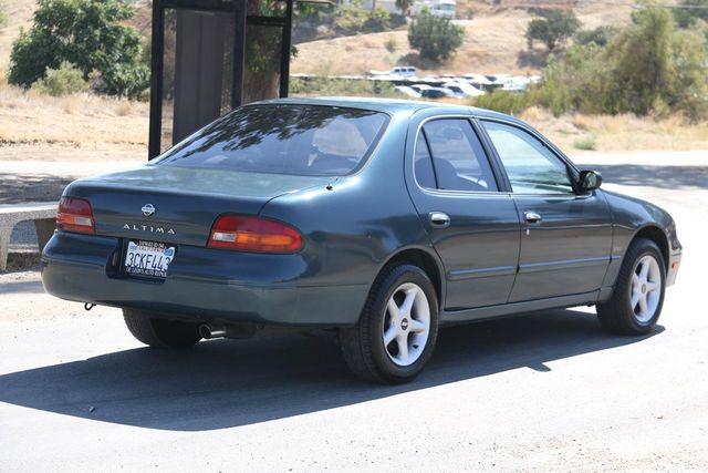 1993 Nissan Altima GXE Santa Clarita, CA 6