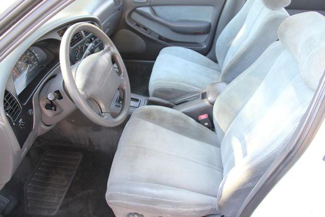 1993 Toyota Camry LE Santa Clarita, CA 13