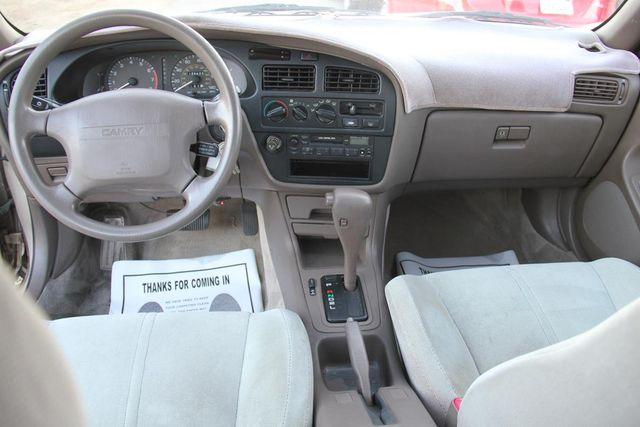 1993 Toyota Camry LE Santa Clarita, CA 7
