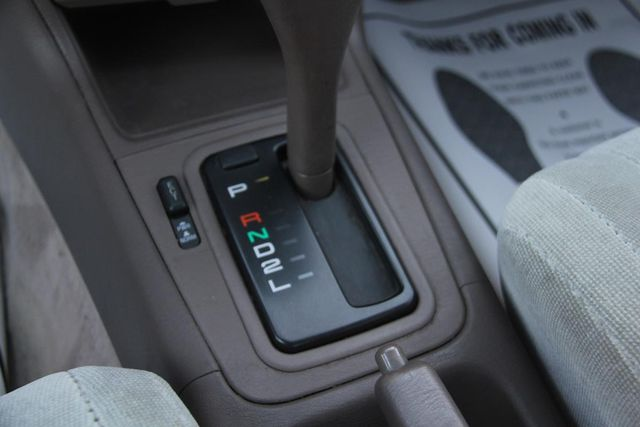 1993 Toyota Camry LE Santa Clarita, CA 21