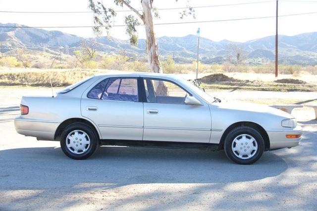 1993 Toyota Camry LE Santa Clarita, CA 12