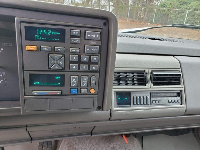 1994 Chevrolet C/K 1500 C1500 in Hope Mills, NC 28348