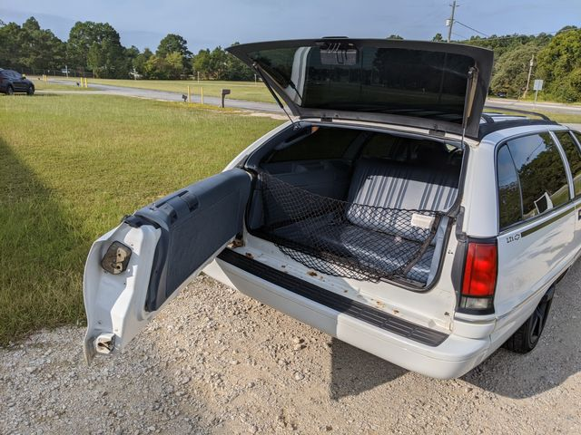 1994 Chevrolet Caprice Classic Wagon in Hope Mills, NC 28348