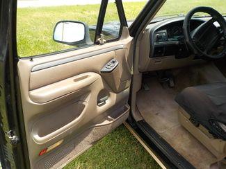 1994 Ford Bronco Eddie Bauer Fayetteville , Arkansas 7