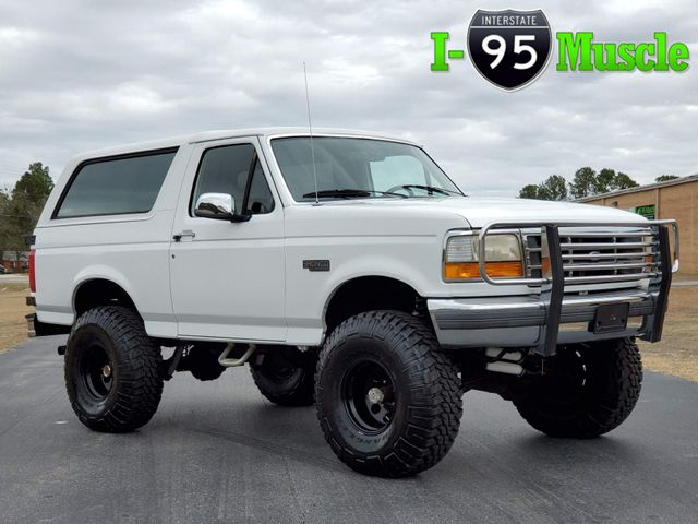 1994 Ford Bronco XLT 4x4 in Hope Mills, NC 28348