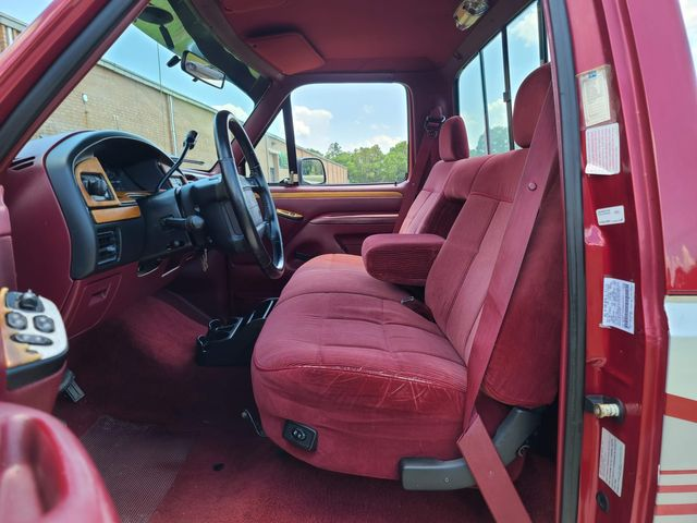 1994 Ford F-150 XLT in Hope Mills, NC 28348