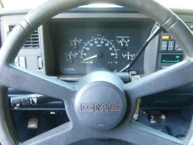 1994 GMC Suburban 2500 in West Chester, PA 19382