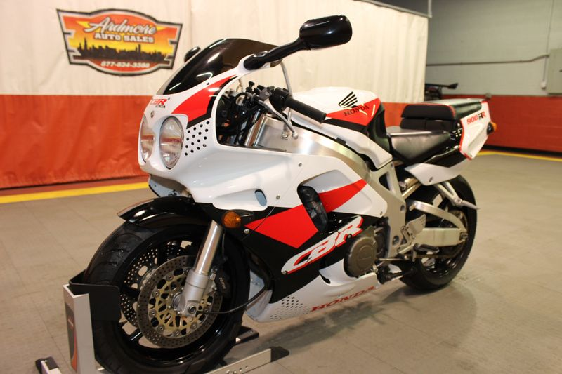 1994 Honda CBR 900RR   city Illinois  Ardmore Auto Sales  in West Chicago, Illinois