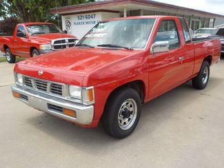 1994 Nissan Trucks 2WD XE Fayetteville , Arkansas 1