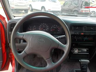 1994 Nissan Trucks 2WD XE Fayetteville , Arkansas 15