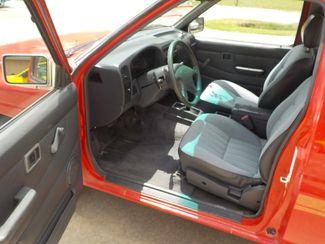 1994 Nissan Trucks 2WD XE Fayetteville , Arkansas 9