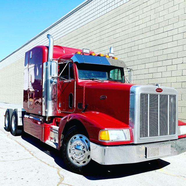 1994 Peterbilt 377 Sleeper Truck