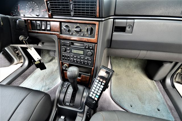 1994 Volvo 960 Touring Reseda, CA 36