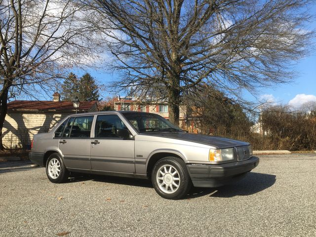 1994 Volvo 940 in West Chester, PA 19382