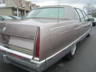 1995 Cadillac Fleetwood Batesville, Mississippi 13
