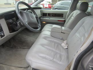 1995 Cadillac Fleetwood Batesville, Mississippi 19