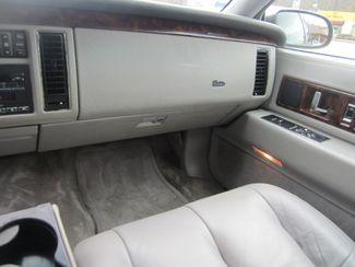 1995 Cadillac Fleetwood Batesville, Mississippi 24