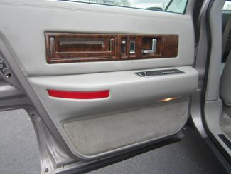 1995 Cadillac Fleetwood Batesville, Mississippi 25